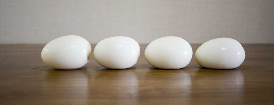 湯で時間による卵の硬さの違い